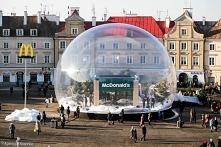 McDonald w śnieżnej kuli (w której faktycznie pada śnieg) w Lublinie :D