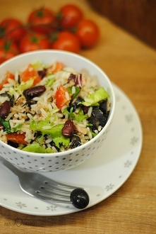Sałatka z tuńczykiem i ryże...