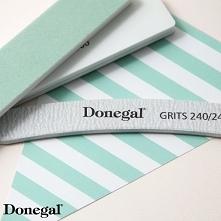Zestaw pędzli i polerek do manicure i pedicure.  Beauty by Donegal.