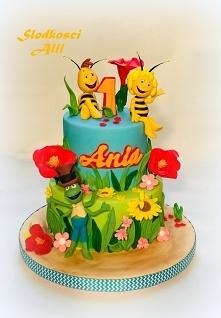 Tort z bajki Pszczółka Maja