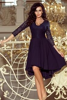 Granatowa sukienka z dłuższ...