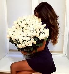 Lubicie dostawać kwiaty? :)