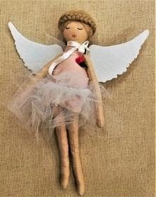 Baletnica ze skrzydłami