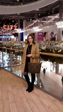 Camel i czerń od Preppystyle z 21 grudnia - najlepsze stylizacje i ciuszki