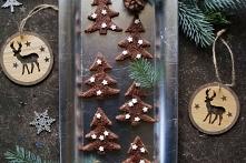 Orzechowe ciasteczka choinki