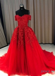 #Red off the shoulder #ball...