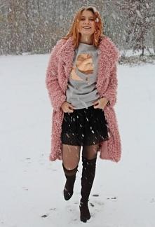 Różowy płaszcz baranek zimą od SecretGar z 25 grudnia - najlepsze stylizacje ...