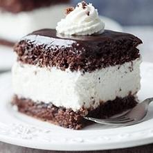 Słynne ciasto WZ. Zawsze wychodzi, ja lubię dodać jeszcze masę toffi :)