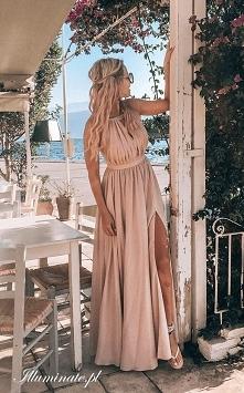 Śliczna, długa sukienka dla...