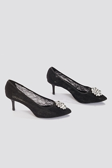 NA-KD Shoes Koronkowe szpilki ze strassem - Black
