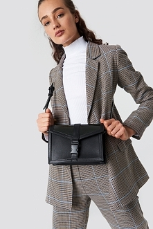 Astrid Olsen x NA-KD Cross-Body Bag - Black