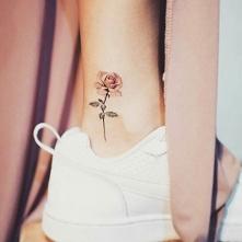 Motywy kwiatów chyba zawsze...