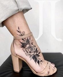Super wygląda ten tatuaż al...