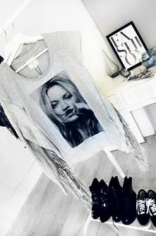 Koszulka z modnym nadrukiem...