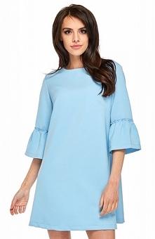 Ooh la la Roma sukienka niebieska Wygodna sukienka dzienna o luźnym fasonie idealnie sprawdzi się jako stylizacja na wiele okazji, wykonana została z miękkiej jednolitej dzianin...