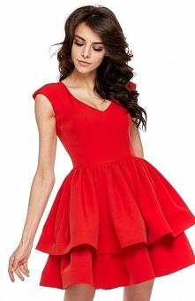 Ooh lala Bianca sukienka rozkloszowana czerwona Przepiękna rozkloszowana sukienka stworzona jest dla kobiet, które pragną wyglądać przebojowo, góra dopasowana o dekolcie w szpic...