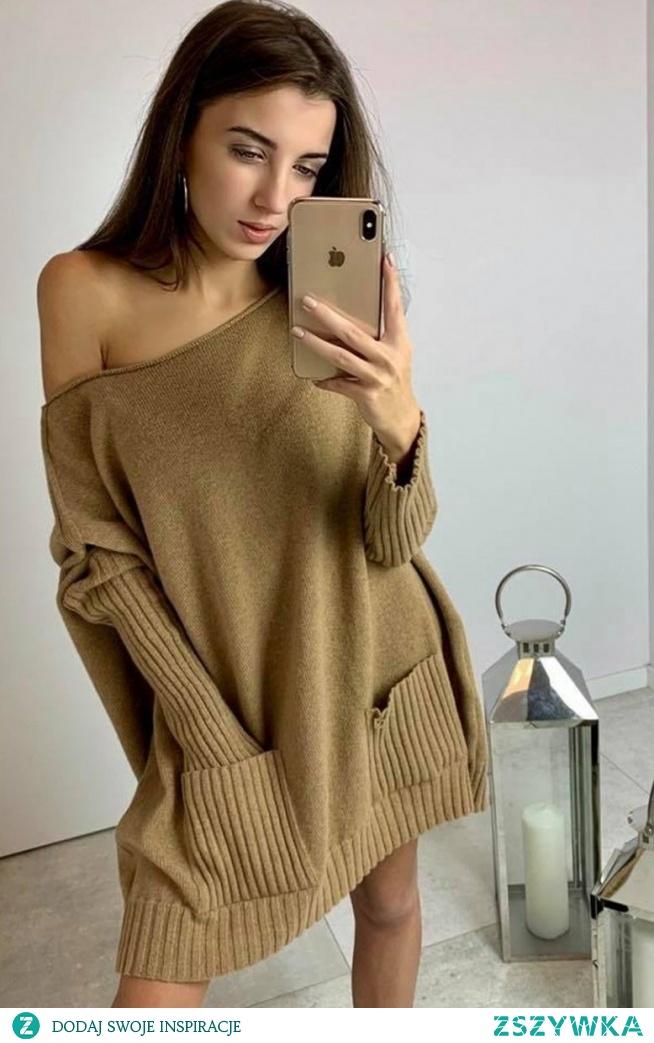 Sue Loris sweter karmelowy Piękny, kobiecy sweter damski typu oversize, świetnie układa się na sylwetce gwarantując wygodę noszenia, długie rękawy wykończone ściągaczami