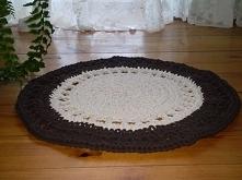 Okrągły dywanik robiony na ...