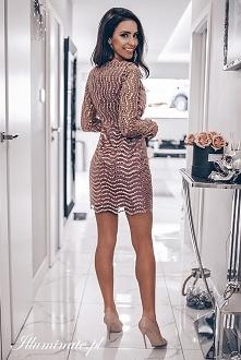 Cekinowa sukienka na imprez...