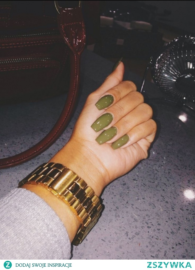green, nails, gold, watch, hand,