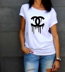 t-shirt luźny fason z dekoltem surowy brzeg zapraszamy : akcreativo.shoppy.pl