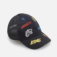 Wyszywana czapka z daszkiem - Czarny