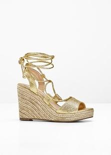 Sandały na koturnie bonprix złoty