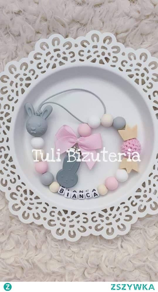 Zawieszka do smoczka z imieniem dziecka by Tuli Biżuteria