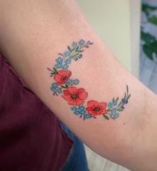 Kwiatkowy tatuaż