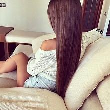 Naturalne sposoby na proste włosy