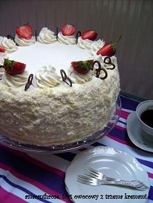 Tort owocowy z trzema kremami