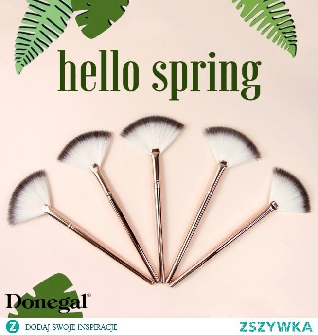 Jak powinien wyglądać wiosenny makijaż?   ROSY VIBES by Donegal