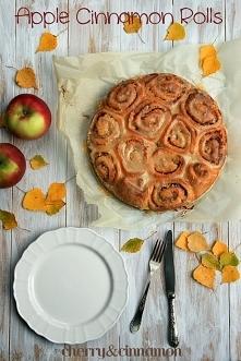 Jabłkowo cynamonowe bułeczki