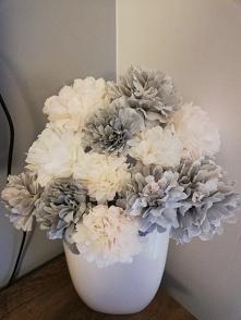 Kwiatki z bibuły