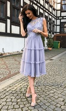 Szara midi sukienka na wese...