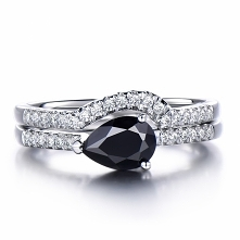 Pear cut Black Spinel Engag...