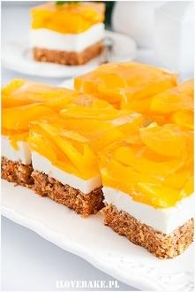 Wiosenne ciasto marchewkowe