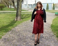 Sukienka midi w panterkę od SecretGar z 18 kwietnia - najlepsze stylizacje i ciuszki