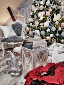 Choinka Święta Bożego Narodzenia bombki lampion wystroj zima wnętrza Świątecz...