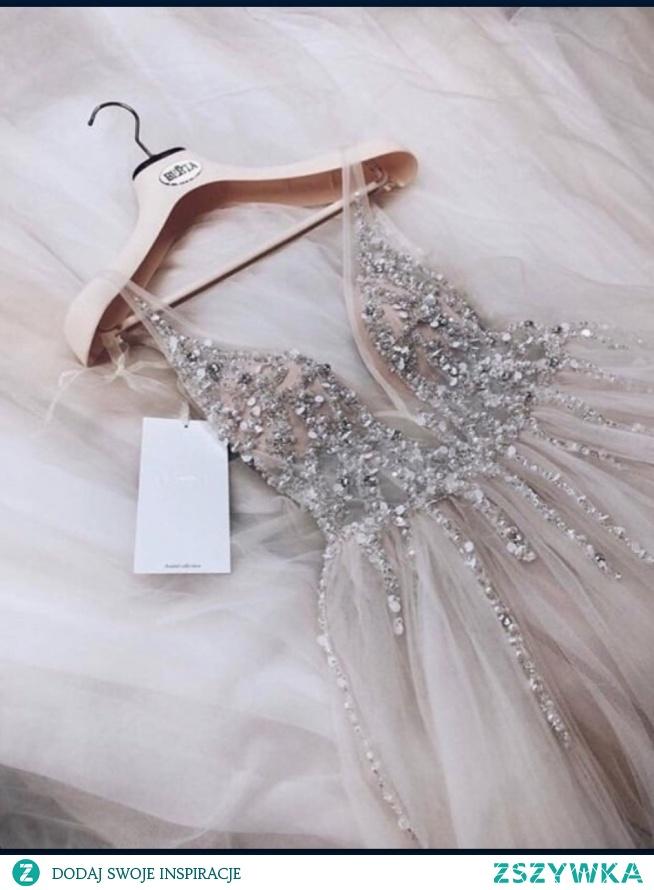 Kochani, kto wie gdzie kupię taką sukienke lub podobną??