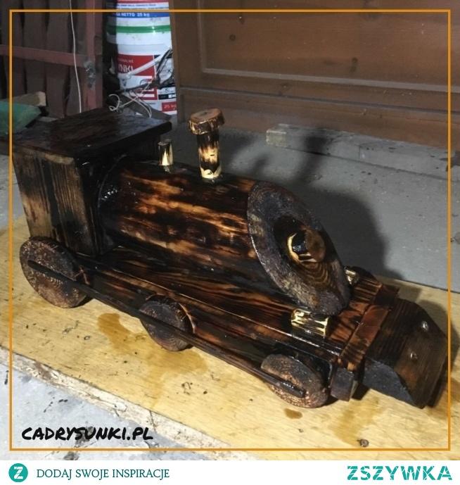 Drewniana lokomotywa parowa. Wooden steam locomotive