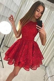 Sukienki idealne na bal gimnazjalny! Aż 22 propozycje!