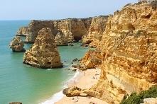 Portugalia. Praia da Marinha