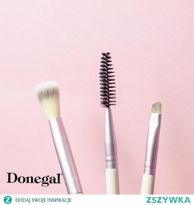 Kompleksowy makijaż to oczy, brwi i usta!  JUNGLE by Donegal