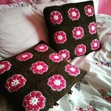 Szydełkowe poduszki dekorac...