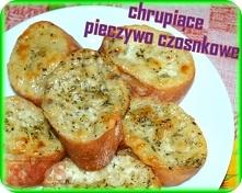 Pyszne domowe pieczywko czosnkowe z mozzarellą;) Rumiane, aromatyczne, chrupi...
