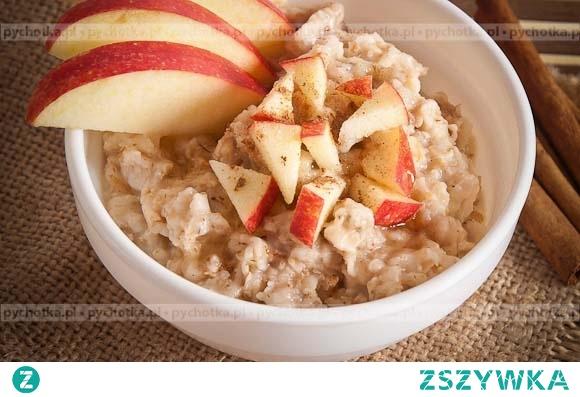 Dziki ryż z jabłkiem i migdałami