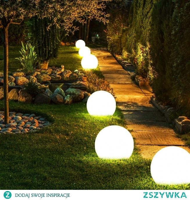 Świecące kule - odrobina magii w twoim ogrodzie. Zapraszamy do sklepu producenta Ekotechnik24.pl