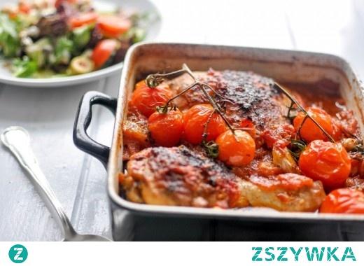 Kurczak w pomidorach, czerwonym winie i ciecierzycy