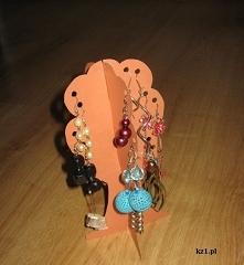 Papierowe drzewko na biżuterię, głównie kolczyki. Instrukcja wykonania.